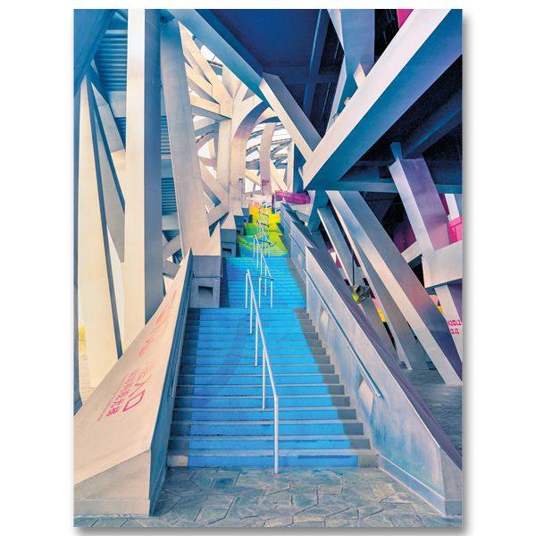 Un escalier du Nid, Stade Olympique de Pekin par Yvon HAZE